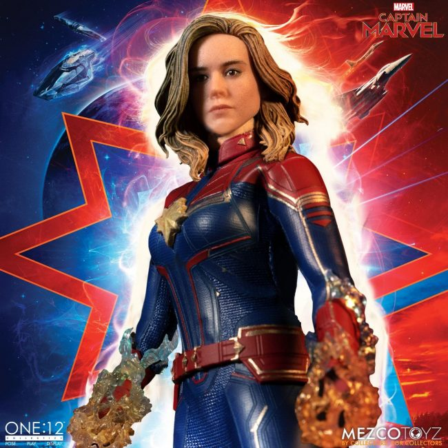 Mezco-One12-Captain-Marvel-010-650x650.jpg