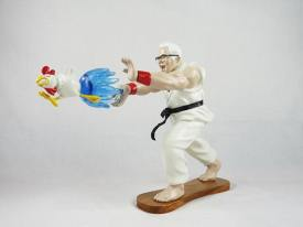 EPIC-HADOUKEN-by-HANH-x-HEART-LAB-The-Toy-Chronicle-2020-KFC-Street-fighter-toy-resin-e